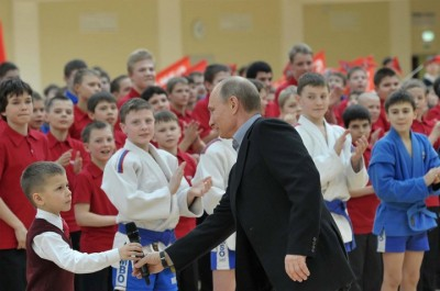 Президент России посетил спортивный центр для одаренных детей в Сочи