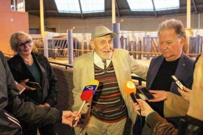 Дроздов снял сюжет о ростовском зоопарке для программы
