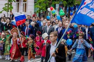 В первомайском параде участвовало более 50 тысяч краснодарцев