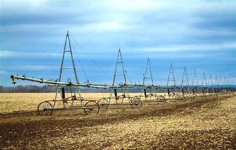 Волгоградским аграриям выделяют деньги на орошение