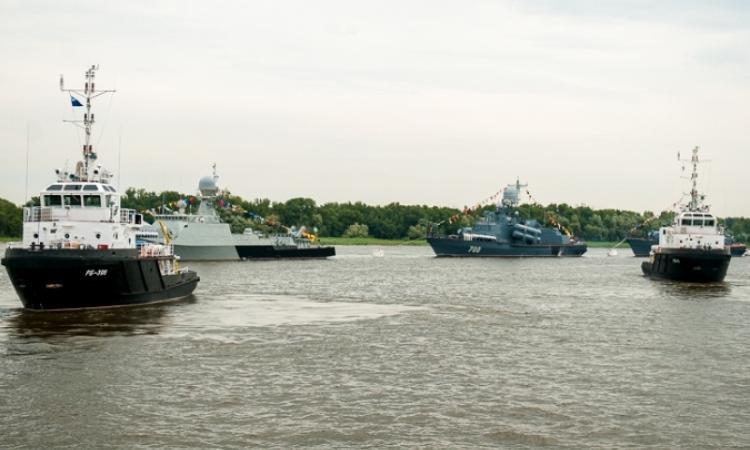 В Каспийской флотилии Астраханской области проходят испытания военных катеров