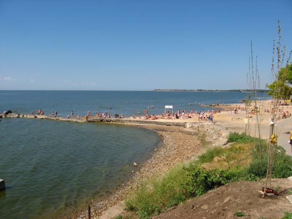Центральный пляж Таганрога признан аварийным