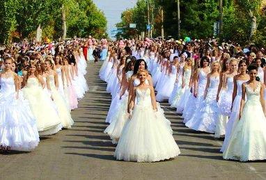 В июне в Астрахани пройдет Парад невест
