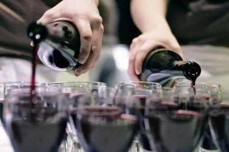 Сухой закон и дети: в Ростовской области 23 мая запрещено продавать алкоголь