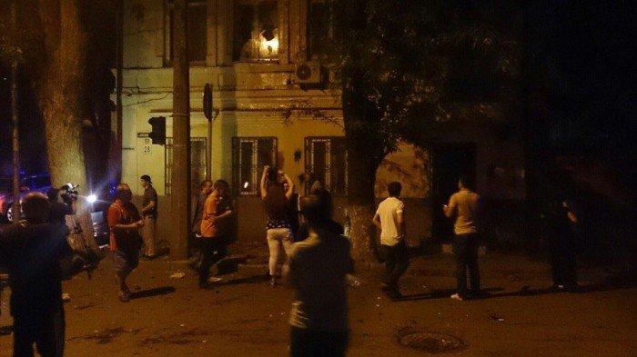 Киевские власти требуют возмещения ущерба за погром в Ростове своего представительства