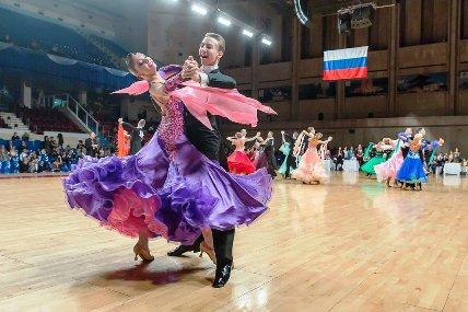 В Сочи стартовал танцевальный турнир