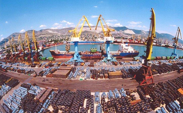 Универсальный порт Ростова-на-Дону на 20 дней приостановил деятельность