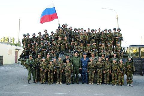 В  военно-патриотическом лагере Волгограда прошли обучение 70 курсантов