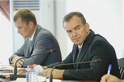 В. Кондратьев пообщался с жителями и руководителями Красноармейского района