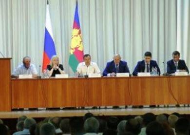 В. Кондратьев отправил в отставку главу Курганинского района В. Ивченко