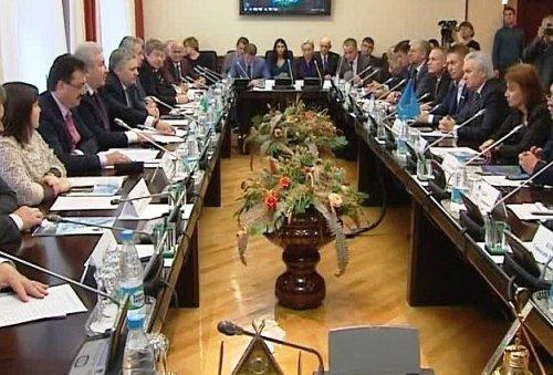 Астраханская область поддержала инициативу Югры по налогообложению нефтяных компаний
