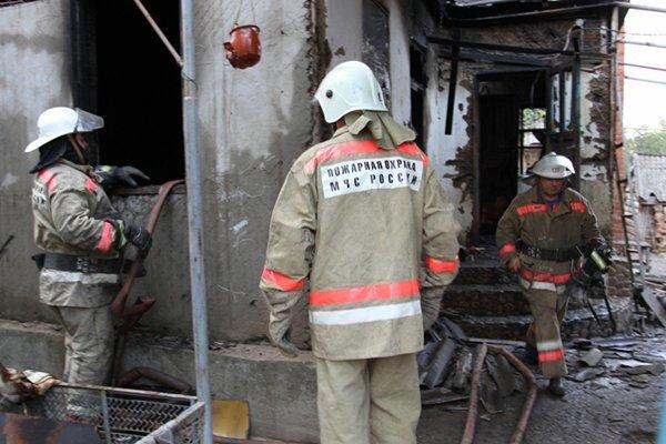 В Краснодарском крае в смерти при пожаре семерых детей обвинили родителей