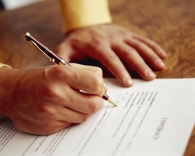 Составление договора оказания услуг на примере найма дизайнера