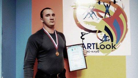 Профессиональный чемпионат первый раз в своей истории провела Астраханская федерация пауэрлифтинга