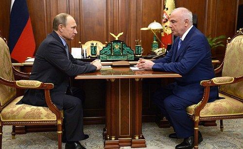 Президент России провёл встречу с главой Адыгеи