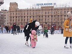 Вопросами оптимизации транспортных потоков и открытием ледового катка озаботились в Волгограде