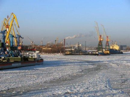 В портах Ростовской области введены ледовые ограничения