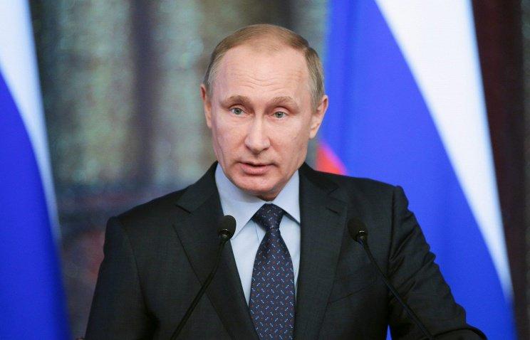 Владимир Путин провёл в Сочи встречу с оргкомитетом Всемирного фестиваля молодежи