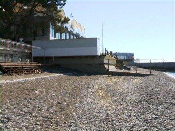 В Сочи приступили к обновлению городских пляжей