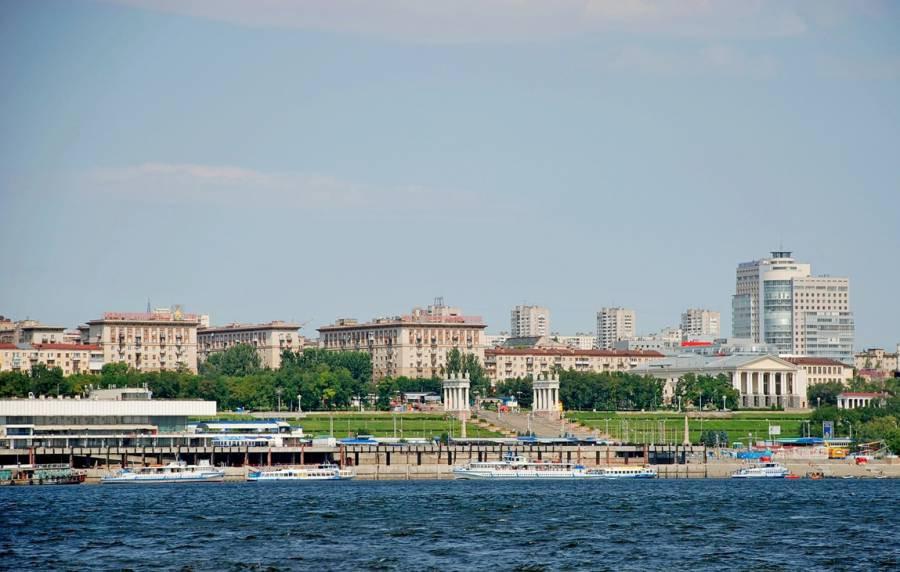 В Волгограде с приходом весны активизировались строительные и ремонтные работы