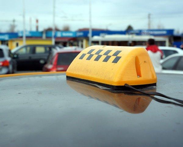 Свыше 33 тысяч кубанских таксистов работают нелегально