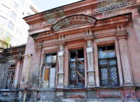 В Ростове вместо ветхого жилья построят выставочные залы
