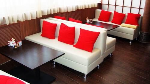 Мягкая современная мебель - залог популярности ресторана, кафе и бара