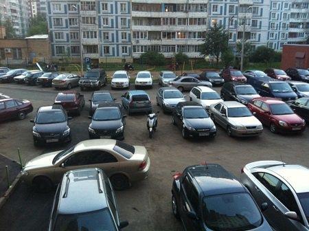 Депутаты Заксобрания Кубани выступают за запрет строительства домов без парковок