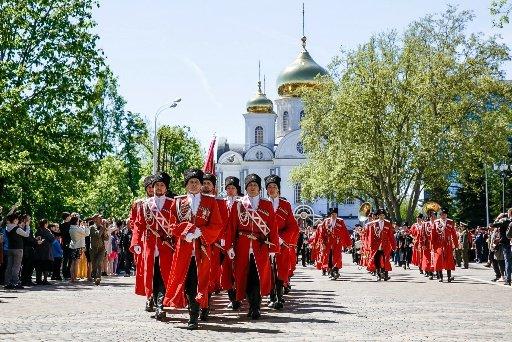 В Краснодаре прошел парад казачьих войск