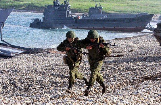 В Астраханской области прошли учения морпехов Каспийской флотилии