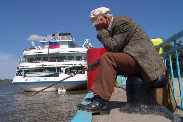 Ситуацию с российскими реками обсудили в Астрахани члены Госсовета РФ