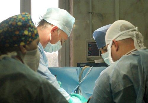 Ростовские хирурги внедрили инновационный метод уничтожения метастазов