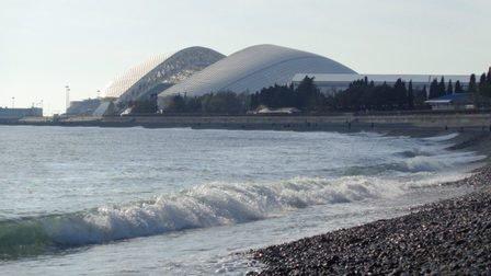Пляжи Черноморского побережья Краснодарского края заполнены более чем на 100%
