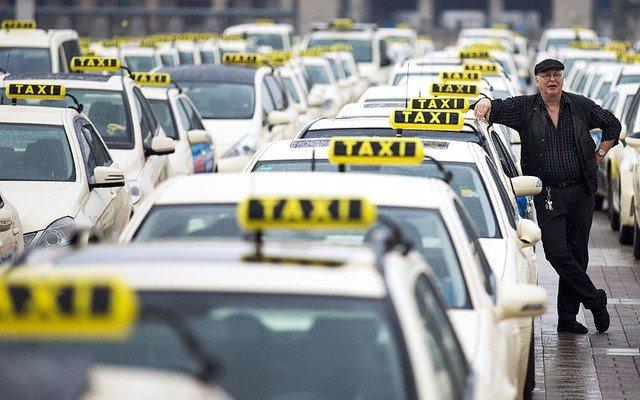 На Кубани усилили борьбу с нелегальными таксистами