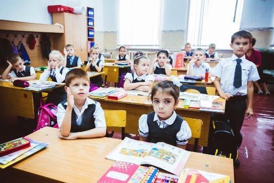 Нашествие первоклашек: 20 первых классов в одной краснодарской школе - рекорд для России
