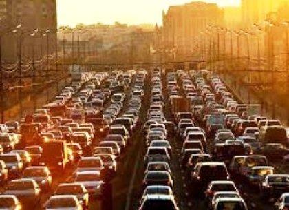 Власти Сочи решают проблему с пробками на трассе Сочи-Дагомыс