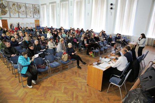 В Волгограде руководители УК проходят тестирование на подтверждение квалификации
