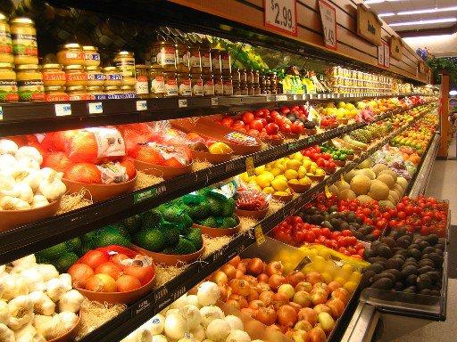 В Астрахани открыли магазин, в котором продукты можно покупать в долг