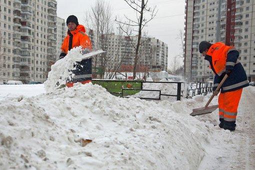 3 тыс. тонн снега вывезли из Ростова за один день