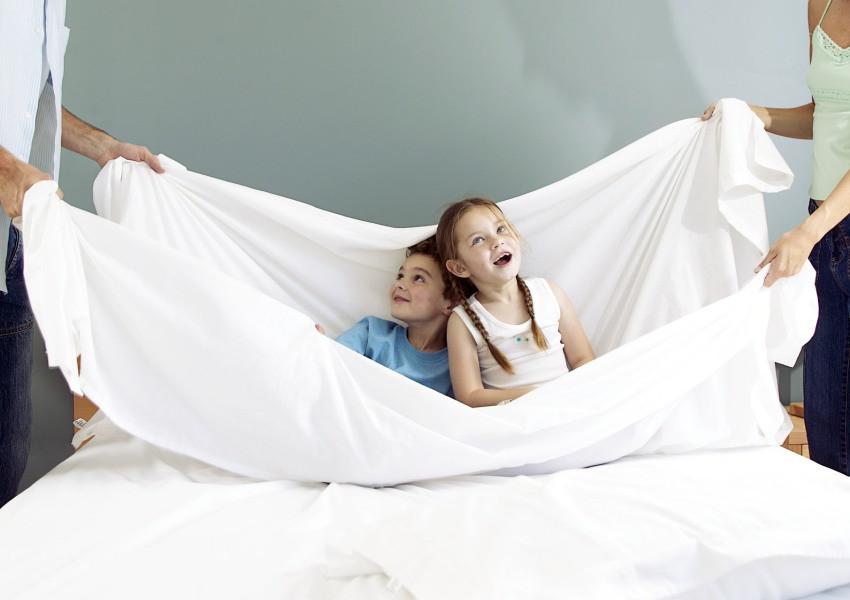 На качество сна влияет постельное белье и пуховое одеяло