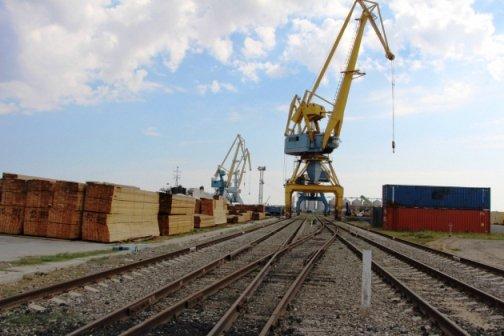 Астраханский порт работает на 40% своего потенциала