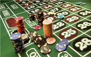 Покер теперь можно найти и в сети