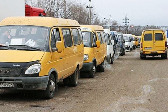 Самый крупный провал политики властей Волгограда - перевод города на автобусы
