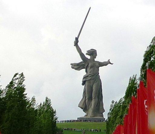5 га парка на Мамаевом кургане благоустраивают в рамках второго этапа реконструкции монумента