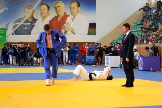 150 спортсменов приехали в Майкоп на всероссийские соревнования по дзюдо памяти Я. Коблева