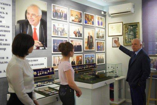 В Майкопе открыли музей в честь основателя МГТУ А. Тхакушинова