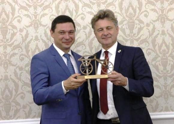Мэр Краснодара приминает представителей иностранных делегаций, приглашенных на празднование Дня города