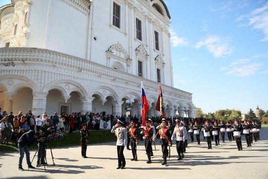 В Астрахани 50 первокурсников суворовского училища приняли присягу