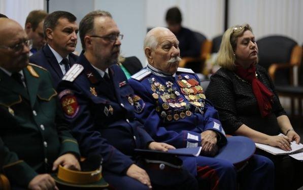 В Волгограде состоялось выездное заседание комиссии по развитию казачьей культуры