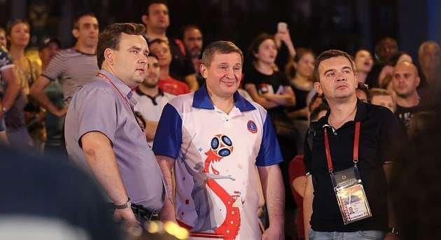 Фестиваль болельщиков в Волгограде посетил А. Бочаров